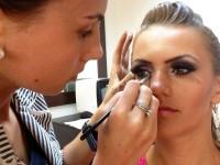 realizez makeup profesional