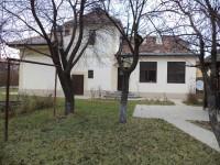 Inchiriez vila pe str. Stefan cel Mare