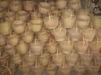 Producator de cosuri si mobilier de rachita