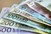 oferă împrumuturi între persoane fizice și serieur Foarte rapid