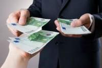 Oferta de împrumut de bani între deosebit de grave și de încredere