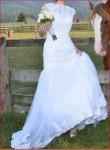 Vand rochie de mireasa tip sirena realizata la comanda, marimea 36-38