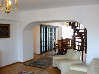 Vand apartament 4 camere sos. Alba Iulia