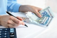 Solutia la problema ta de bani